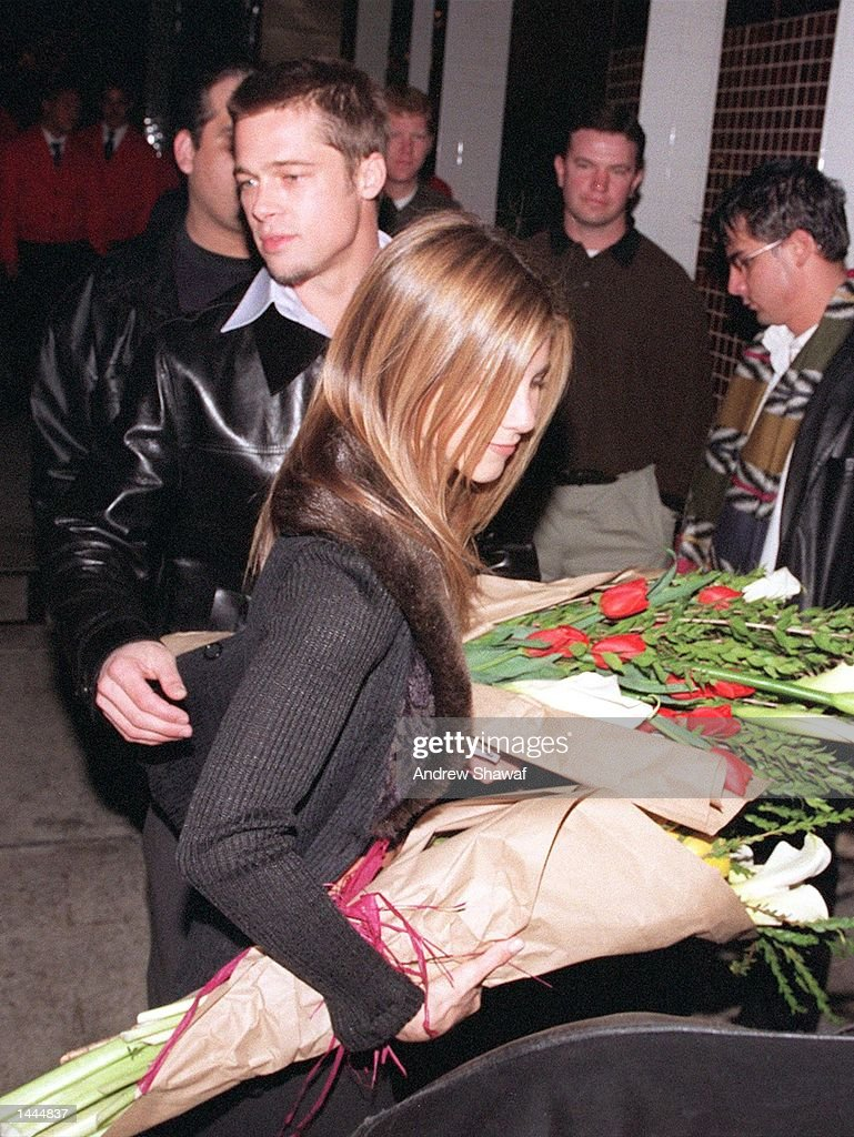Mr. & Mrs. Brad Pitt : News Photo