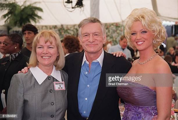 Holmby Hills Ca Hugh Hefner With Ellen Stratton And 1999 Playmate Of The Year Heather Kozar At The Playboy Mansion