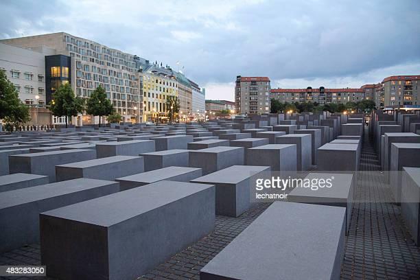 museo del holocausto en berlín - holocausto fotografías e imágenes de stock