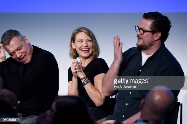 Holt McCallany Anna Torv and Cameron Britton of Mindhunter speak onstage during Get Your Mind Blown With the Cast of Mindhunter on Day Two of the...