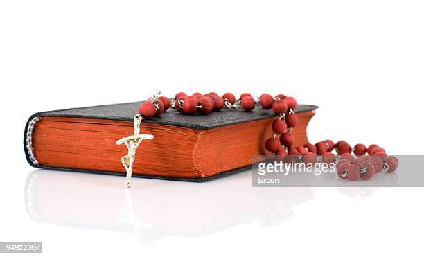 holy book and rosary - rosary beads stock pictures, royalty-free photos & images