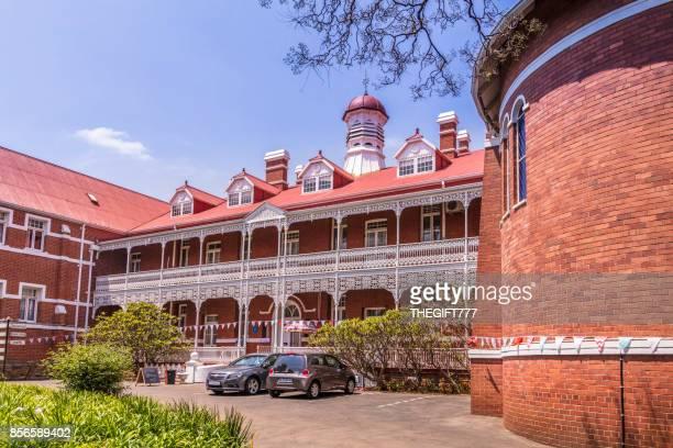 heilige familie college in johannesburg - nonnenkloster stock-fotos und bilder