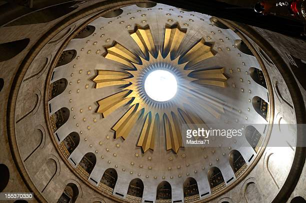 holy sepulchre - death and resurrection of jesus stock photos and pictures