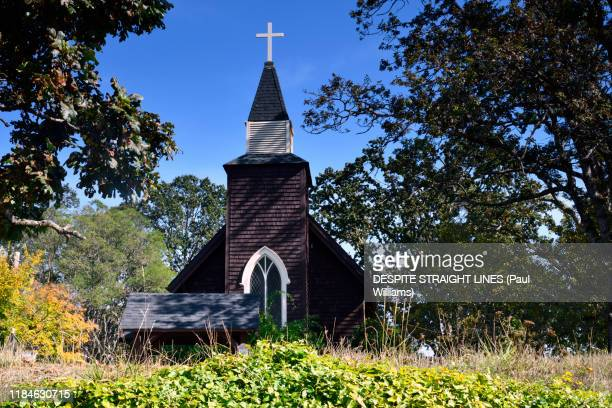 holy trinity church (north saanich, vancouver island, bc) - vancouver island stock pictures, royalty-free photos & images