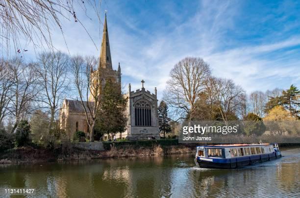 holy trinity church, stratford upon avon, uk. - ストラトフォード・アポン・エイボン ストックフォトと画像