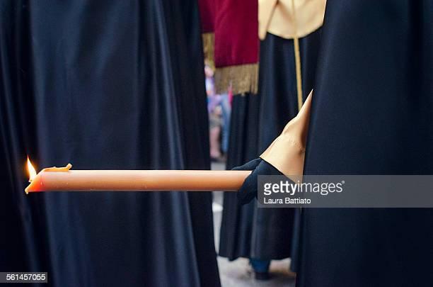 holy week procession in elche, alicante, spain - osterfeuer stock-fotos und bilder