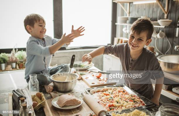 home alone - preparation stock pictures, royalty-free photos & images