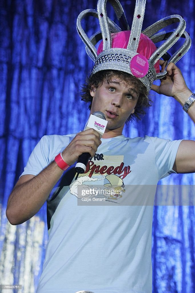 Home and Away cast member Lincoln Lewis celebrates Kate Richie's win on stage at the Dolly Teen Choice Awards at Luna Park on September 5, 2007 in Sydney,Australia.
