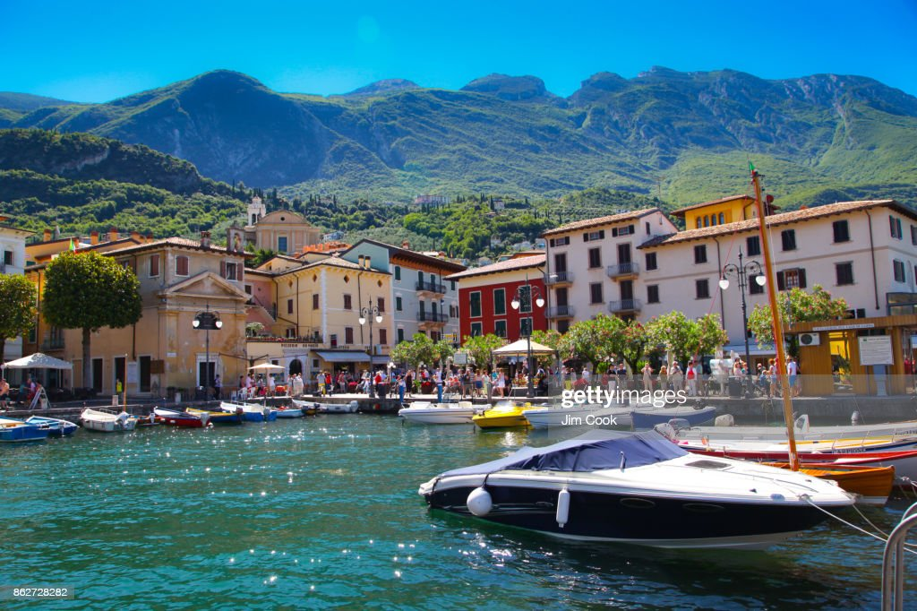Home away from Home, Malcesine Harbor : Stockfoto