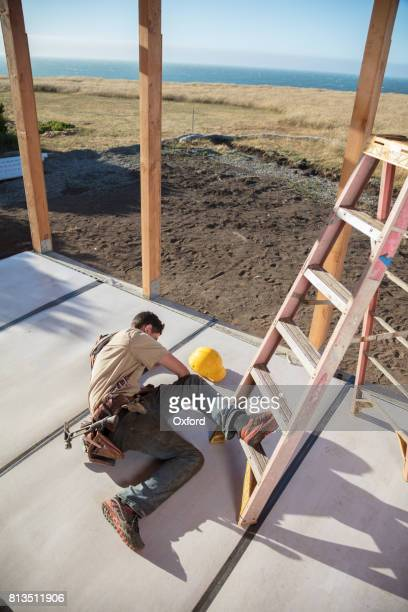 home building - injury - workers compensation stock pictures, royalty-free photos & images
