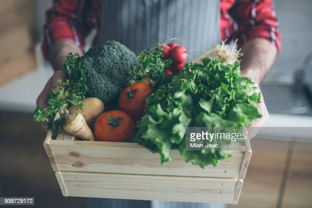home delivery of fresh vegetables from the market - home delivery stock pictures, royalty-free photos & images