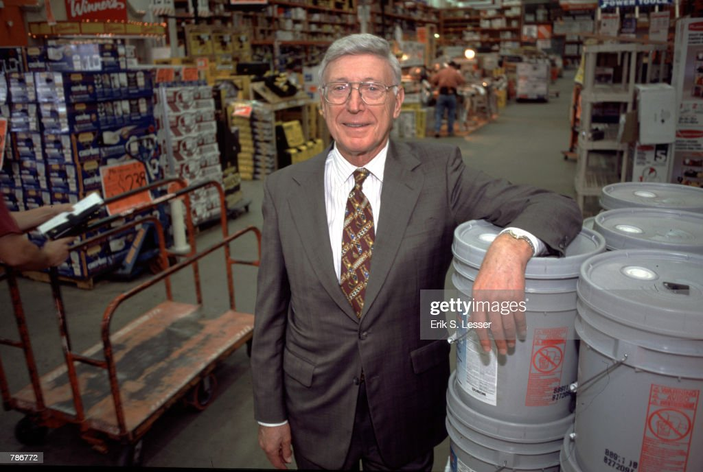Home Depot CEO Bernie Marcus... : News Photo
