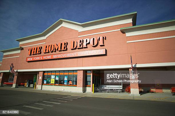 47 722 Home Depot Photos And Premium High Res Pictures Getty Images