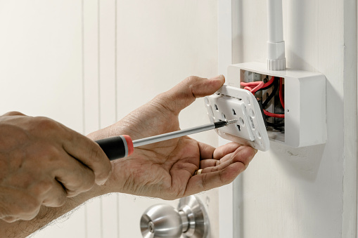 Home electrical system 1015452484