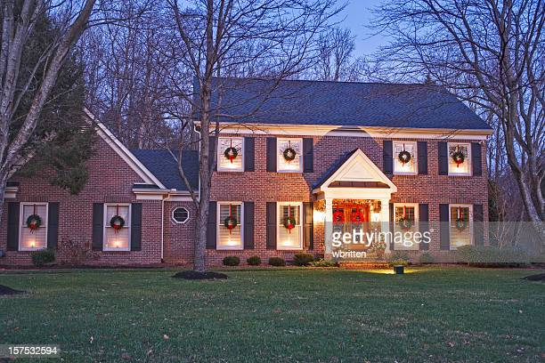 Casa natale di notte