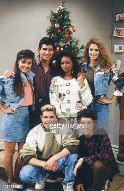 "Home for Christmas: Part 2"" Episode 25 -- Pictured: Mark-Paul Gosselaar as Zack Morris, Dustin Diamond as Samuel 'Screech' Powers Tiffani Thiessen as..."
