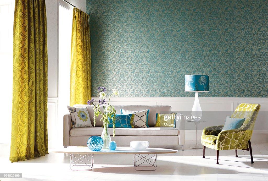 Home Interior of a contemporary living room with furniture : Foto de stock