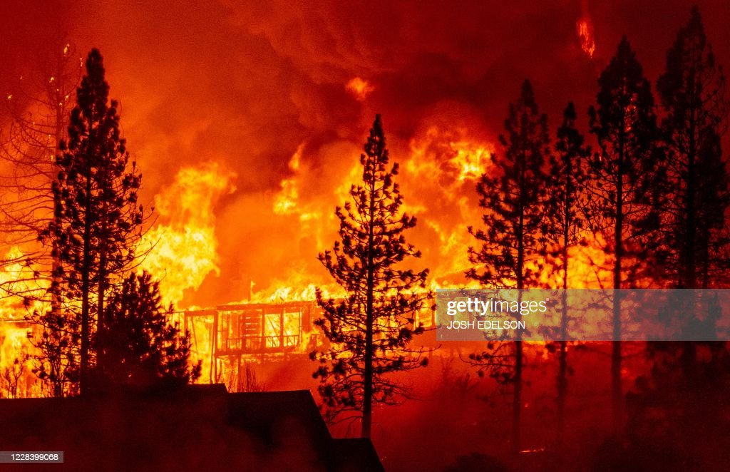 US-CALIFORNIA-FIRE : News Photo