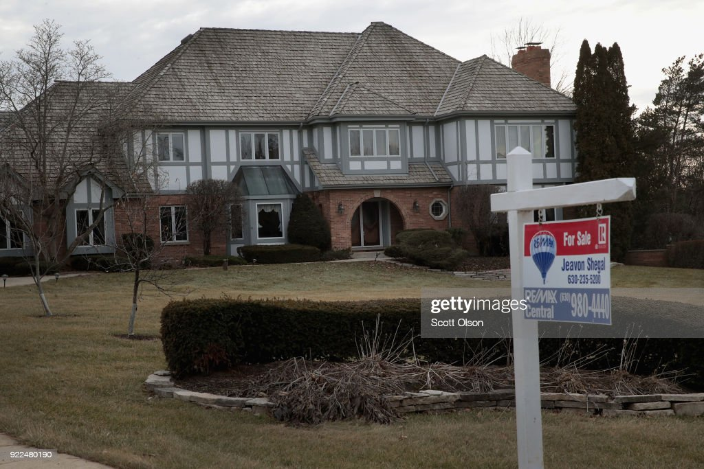 New Data Finds Home Sales Favor Wealthy, As Affordable Homes Are Scarce : Nachrichtenfoto
