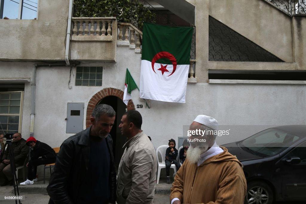 A portrait of Algerian co-pilot Sadiki Mahrez : Nachrichtenfoto