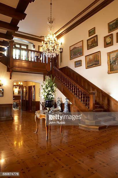 Home of Michael Feinstein: Entrance and Stairway