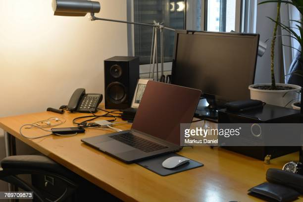 "home office - ""markus daniel"" stock-fotos und bilder"