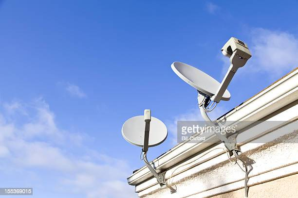 home satellite dish - receiver stock pictures, royalty-free photos & images
