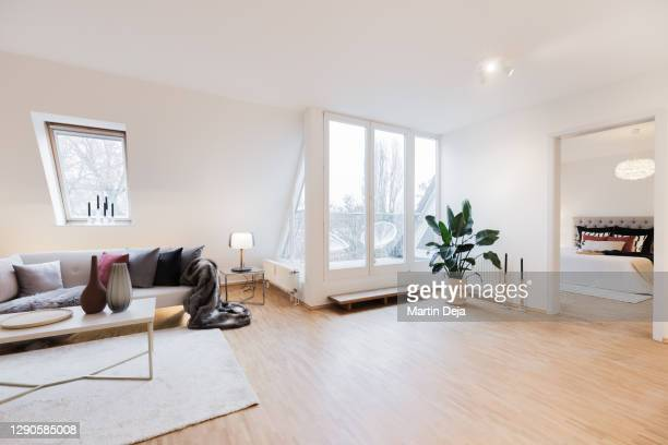 home staging room with balcony hdr - living room stock pictures, royalty-free photos & images