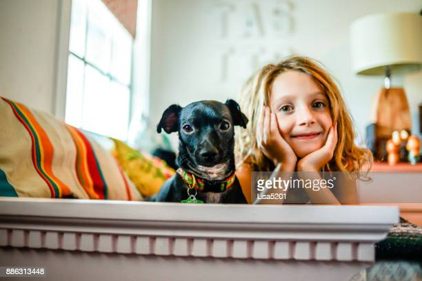 home with dog - funny black girl stock photos and pictures