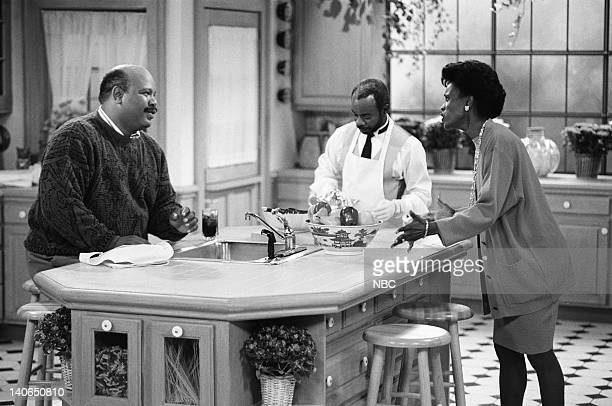 AIR Homeboy Sweet Homeboy Episode 5 Pictured James Avery as Philip Banks Joseph Marcell as Geoffrey Janet Hubert as Vivian Banks Photo by Chris...
