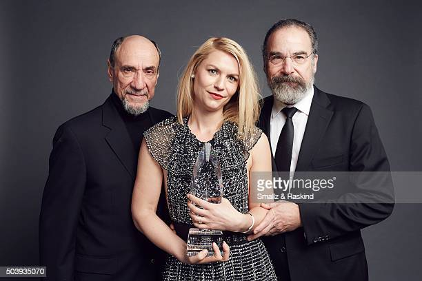 'Homeland' actors F Murray Abraham Claire Danes and Mandy Patinkin pose for a portrait at the 2016 People's Choice Awards at the Microsoft Theater on...