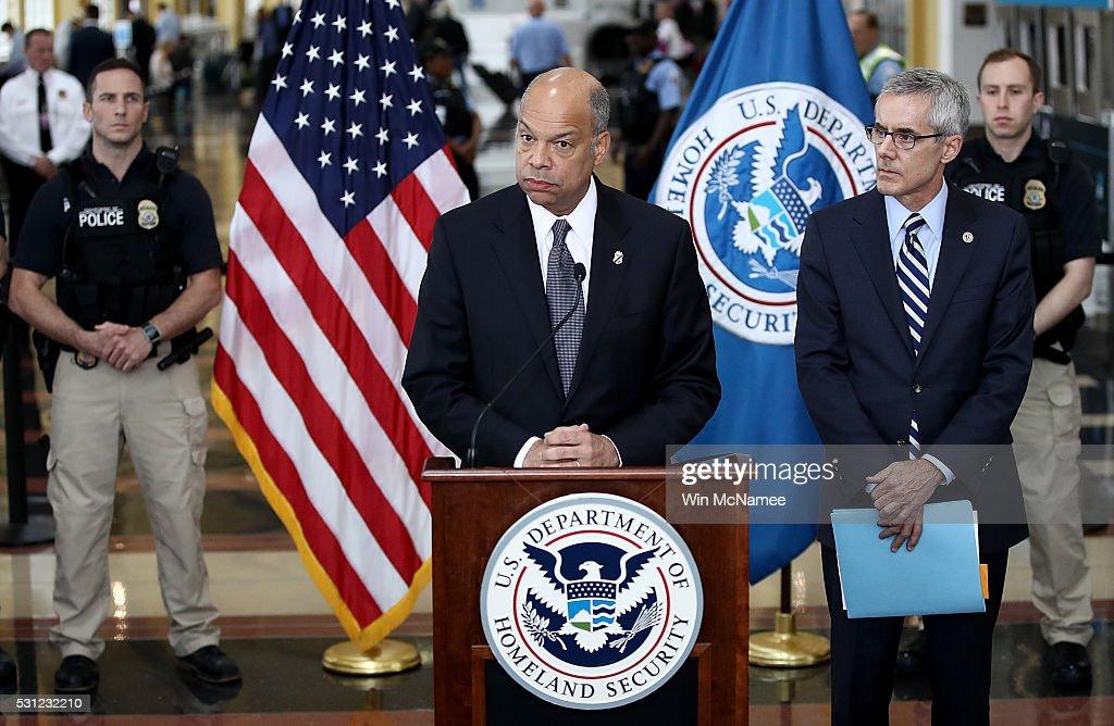 Secretary Of Homeland Security Jeh Johnson And TSA Administrator Peter Neffenger Speak On Airport Security
