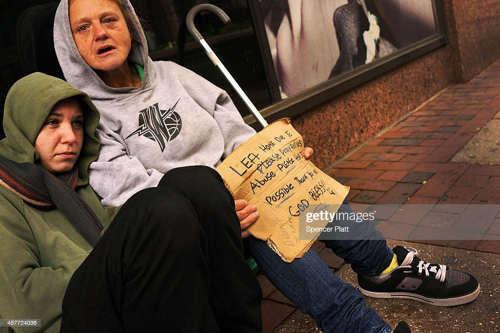 Philadelphia Grapples With Highest Deep Poverty Rate Of US Large Cities : News Photo