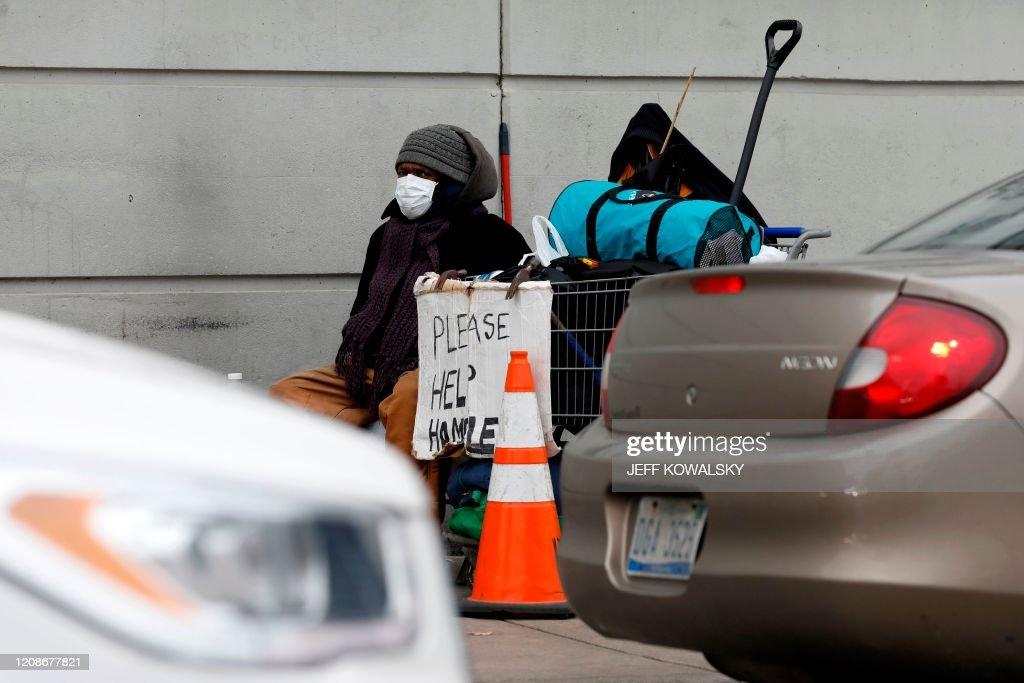 US-HEALTH-VIRUS-RACE : News Photo
