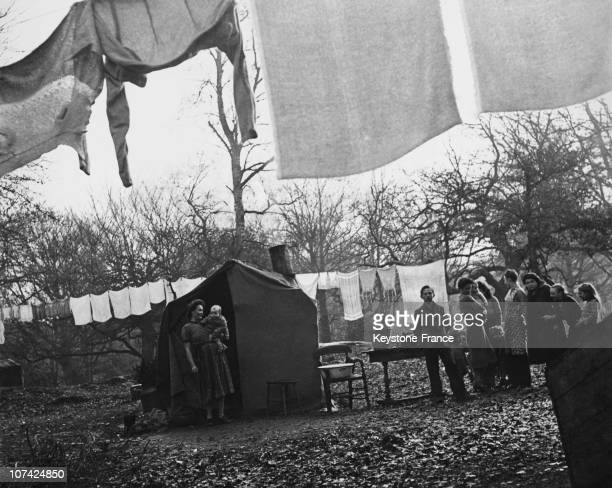 Homeless Reporting The Life In The New Forest In England On 1948