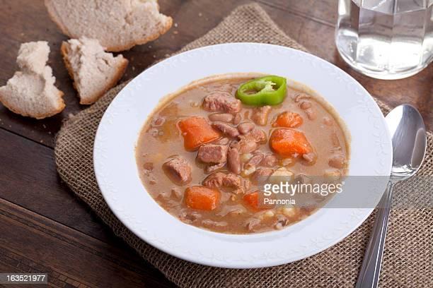 homemade bean goulash soup - traditionally hungarian stockfoto's en -beelden