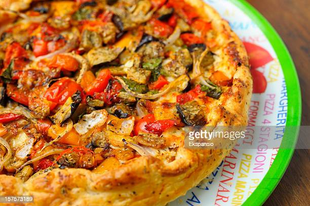 homemade cheese and vegetable pizza pie on tray - vegetarian pizza stock pictures, royalty-free photos & images
