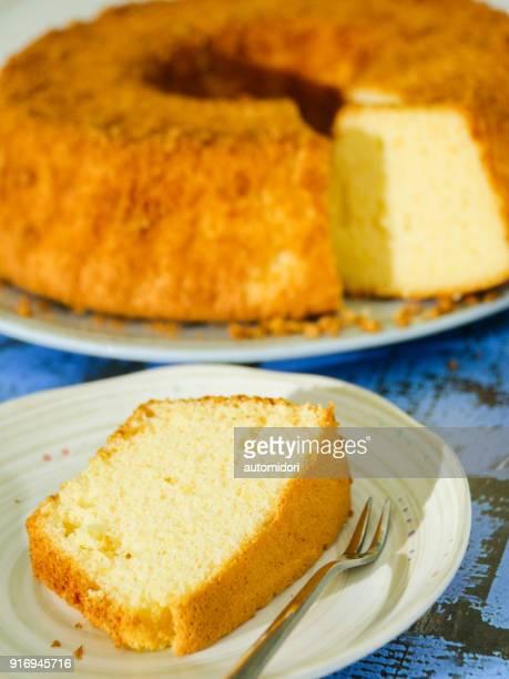 homemade cheese chiffon cake - シフォン ストックフォトと画像