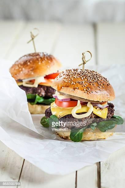 Homemade cheeseburger