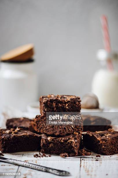 homemade chocolate brownies - brownie stock pictures, royalty-free photos & images