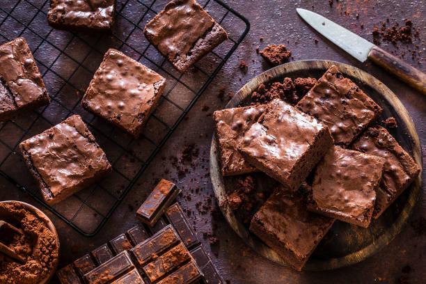 從上面拍攝的自製巧克力巧克力蛋糕 - 餐後甜品 個照片及圖片檔