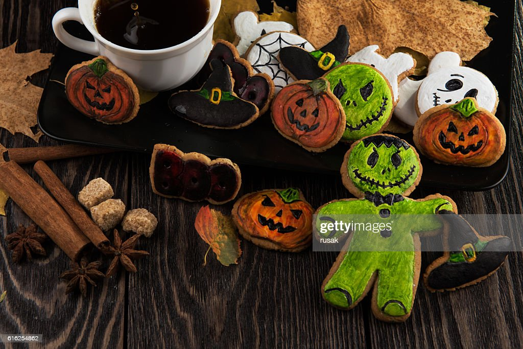 Homemade delicious ginger biscuits for Halloween : Stock Photo