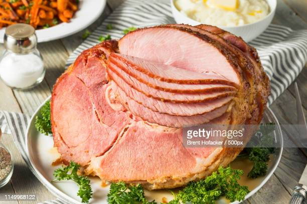 homemade glazed easter spiral cut ham - glazed ham stock pictures, royalty-free photos & images
