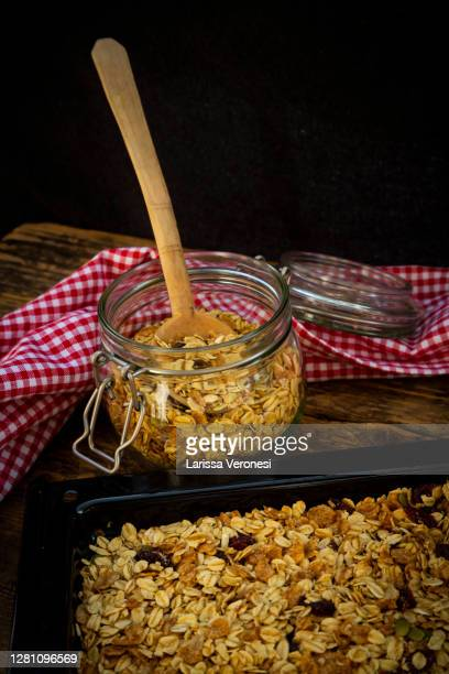 homemade granola - larissa veronesi stock-fotos und bilder
