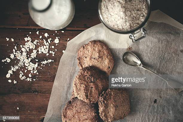 homemade oat cookies - rekha garton stock pictures, royalty-free photos & images