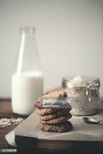homemade oat cookies still life - rekha garton stock pictures, royalty-free photos & images