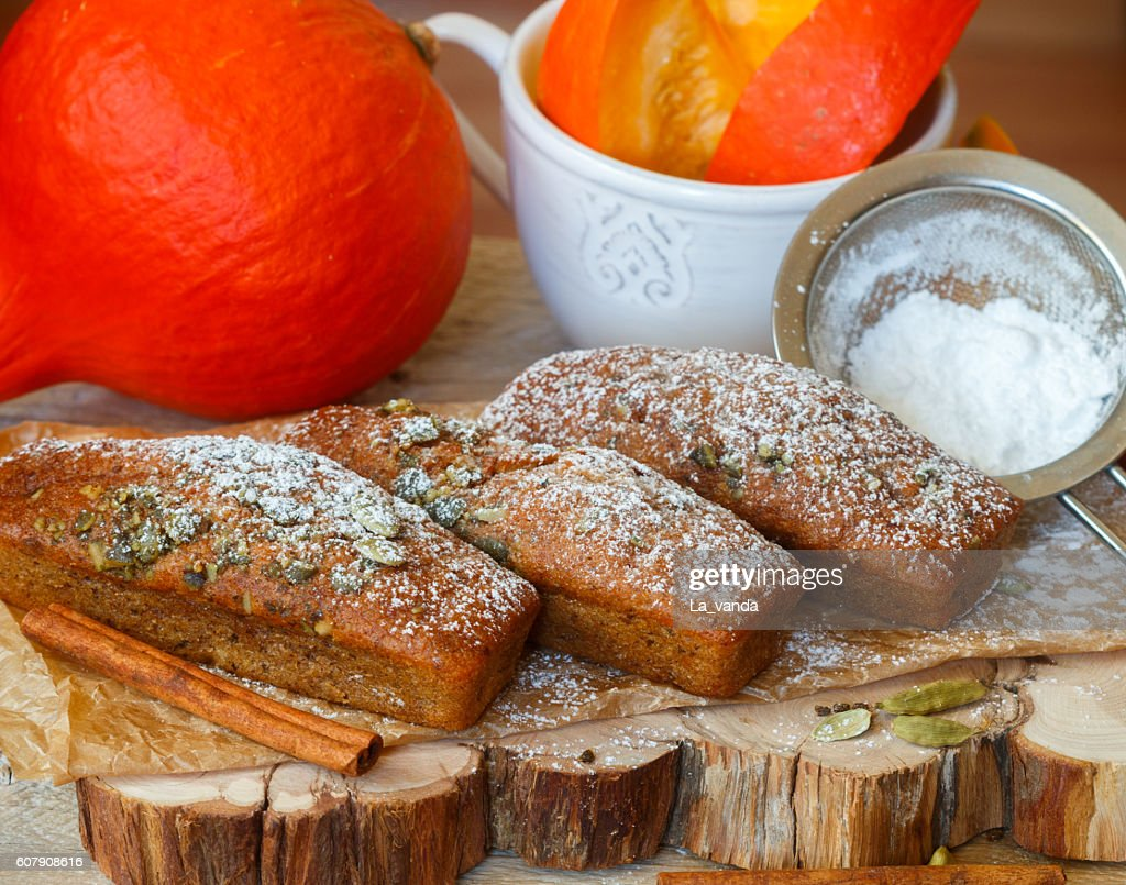 Homemade pumpkin financier cake with cinnamon and cardamom : Stock Photo