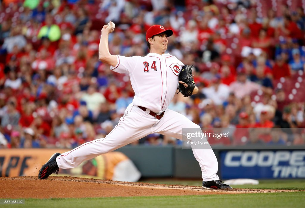 Homer Bailey #34 of the Cincinnati Reds throws a pitch against the Chicago Cubs at Great American Ball Park on August 22, 2017 in Cincinnati, Ohio.