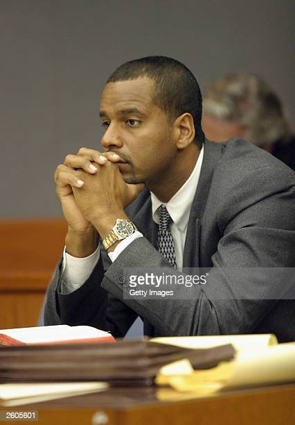Homicide defendant Jayson Williams looks on during a change of venue hearings October 16 2003 at the Somerset County Courthouse in Somerville New...