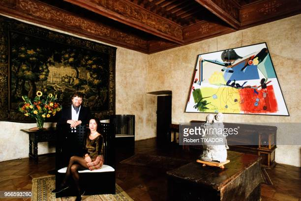 L'homme d'affaires français AlainDominique Perrin avec son épouse au château Lagrézette à Caillac dans le Lot France